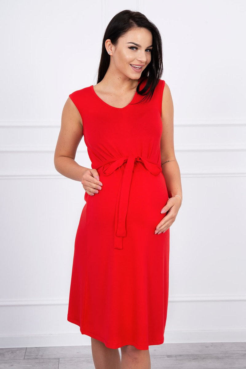 Trapézové šaty s viazankou v páse červené - Šaty - Dámska móda 3515f5bad6